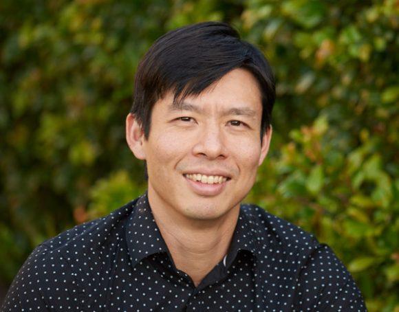 Dr Ian Wong